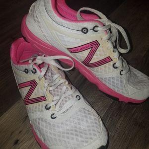 New Balance 730 Tennis Shoes Size 7 1/2